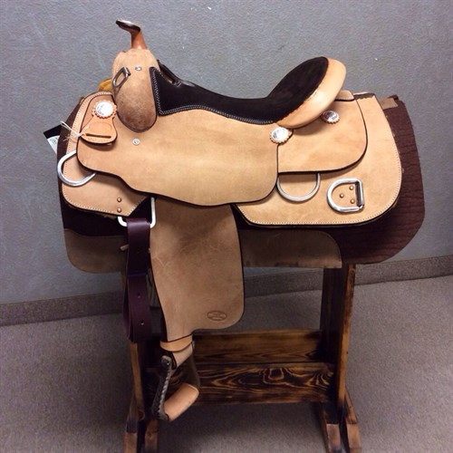 #9030 Billy Cook Trainer 17""