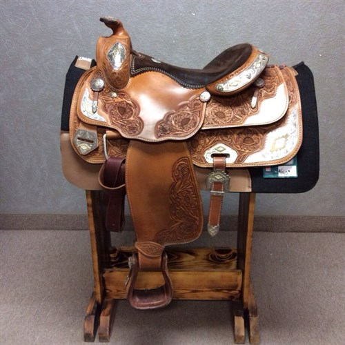 """15.5"""" American Saddlery Show Set  - This would make a awesome first show saddle! Great amount of silver at a affordable price. This saddle has a comfortable equitation seat, pliable leather fenders that set your feet in a great position, equipped with complete bridle and breast collar."""