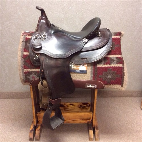 """16"""" Mule saddle by Simco.  Great condtion.  Round skirt and flared shoulder makes a great fit for Mules or harder to fit body types.  This saddle has all the rings you will need for some serious trails."""