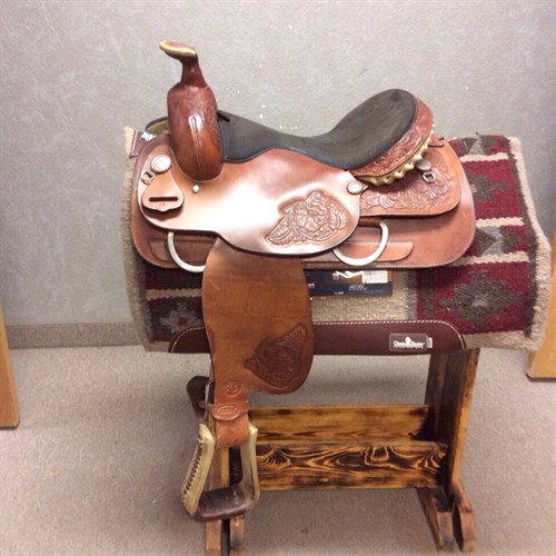 """16 1/2"""" Textan Roper.  Great condition with many miles left.  Rough Out seat and floral tooling."""