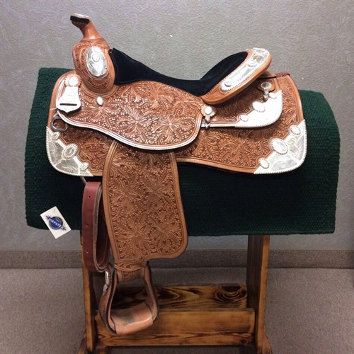 """16"""" Dale Chavez Show Saddle - Gorgeous silver and tooling, black suede seat, 6 plates of silver, great equitation seat. LIGHTLY used always stored in a bag! Here is your chance to own a like new Dale Chavez for a great price!"""
