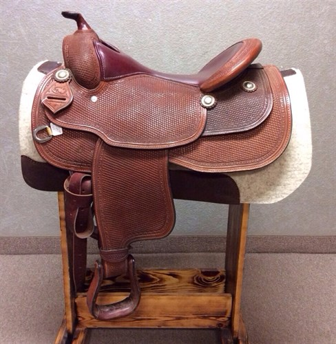 """17"""" Dale Chavez Reiner - in great condition, cut out for close contact, nice wide gullet, deep pocket, forward swung fenders and a nice smooth seat!"""