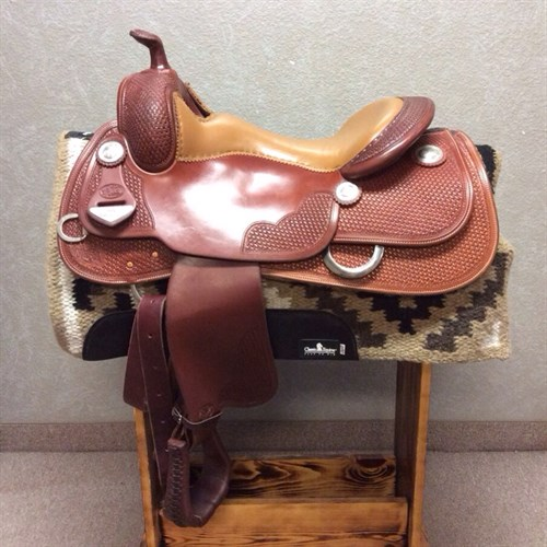 """16"""" Bob's Custom KR Reining Saddle - A VERY clean Bob's Custom KR Reiner with a light mocha seat, forward swung stirrups, basket weave tooling, and a great fit for the horse! C"""