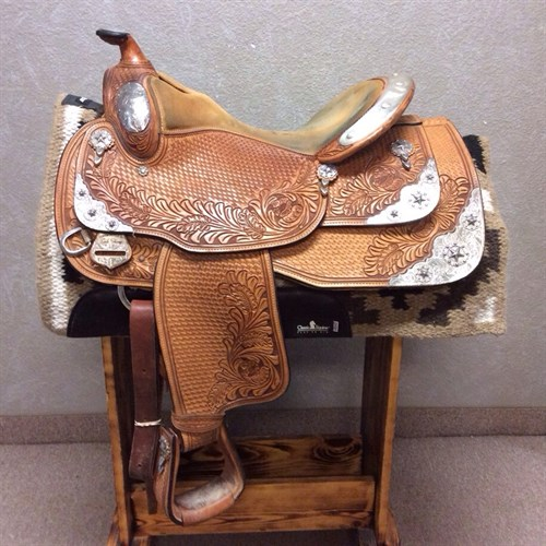 """16"""" Dale Chavez Show Saddle - WOW a quality Dale Chavez Show Saddle with a 16"""" equitation seat, Texas Star silver pattern, this saddle really shines!"""