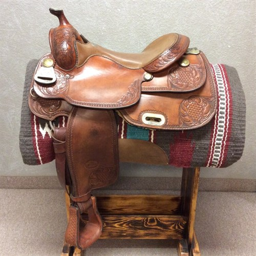 "15.5"" Billy Cook Pro Reining Saddle - Lightly used Billy Cook Pro Reining Saddle, 15.5"" deep pocket for the reining pattern or trail ride, smooth saddle with corner tooling and silver accents!"